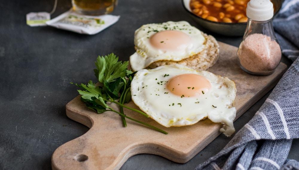 foods that help you sleep - eggs