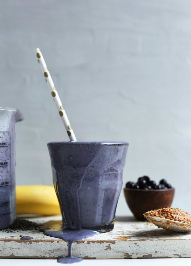 blueberry chia seed smoothie with straw