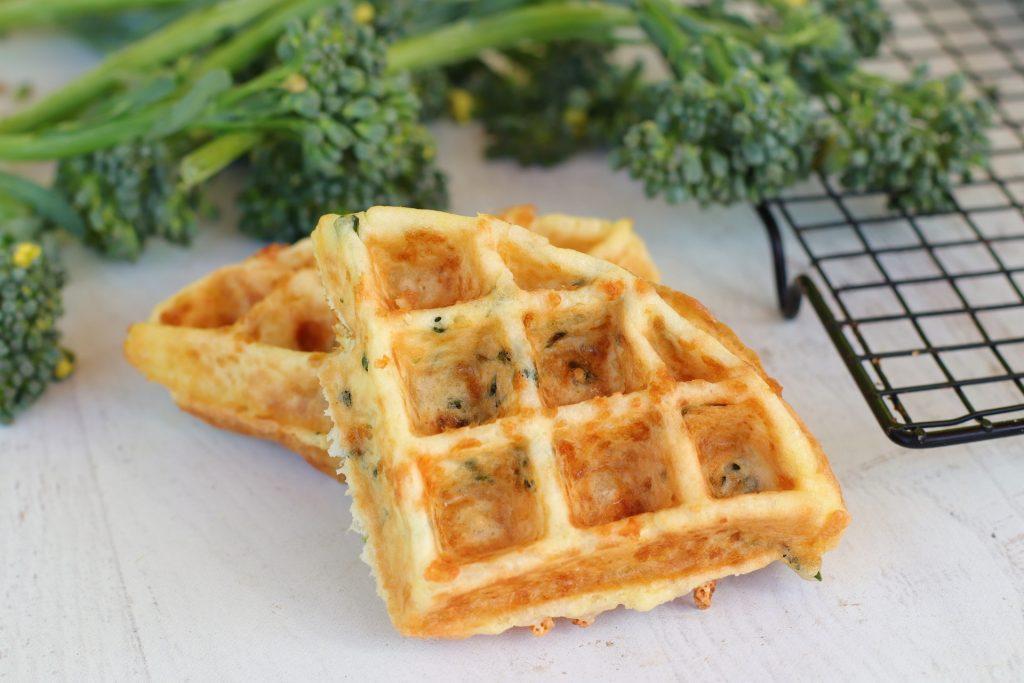 chaffle-broccoli-cheddar