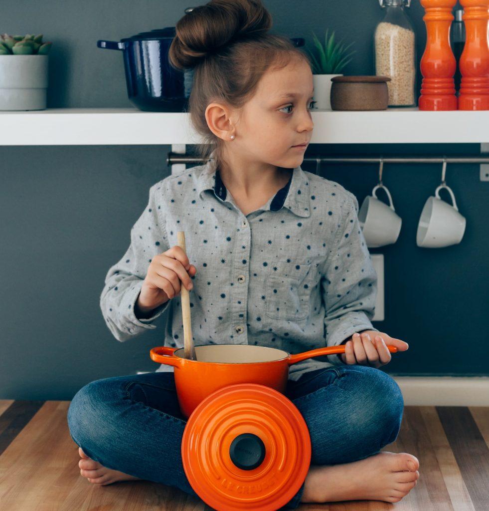 teach-kids-cooking-in-quarantine